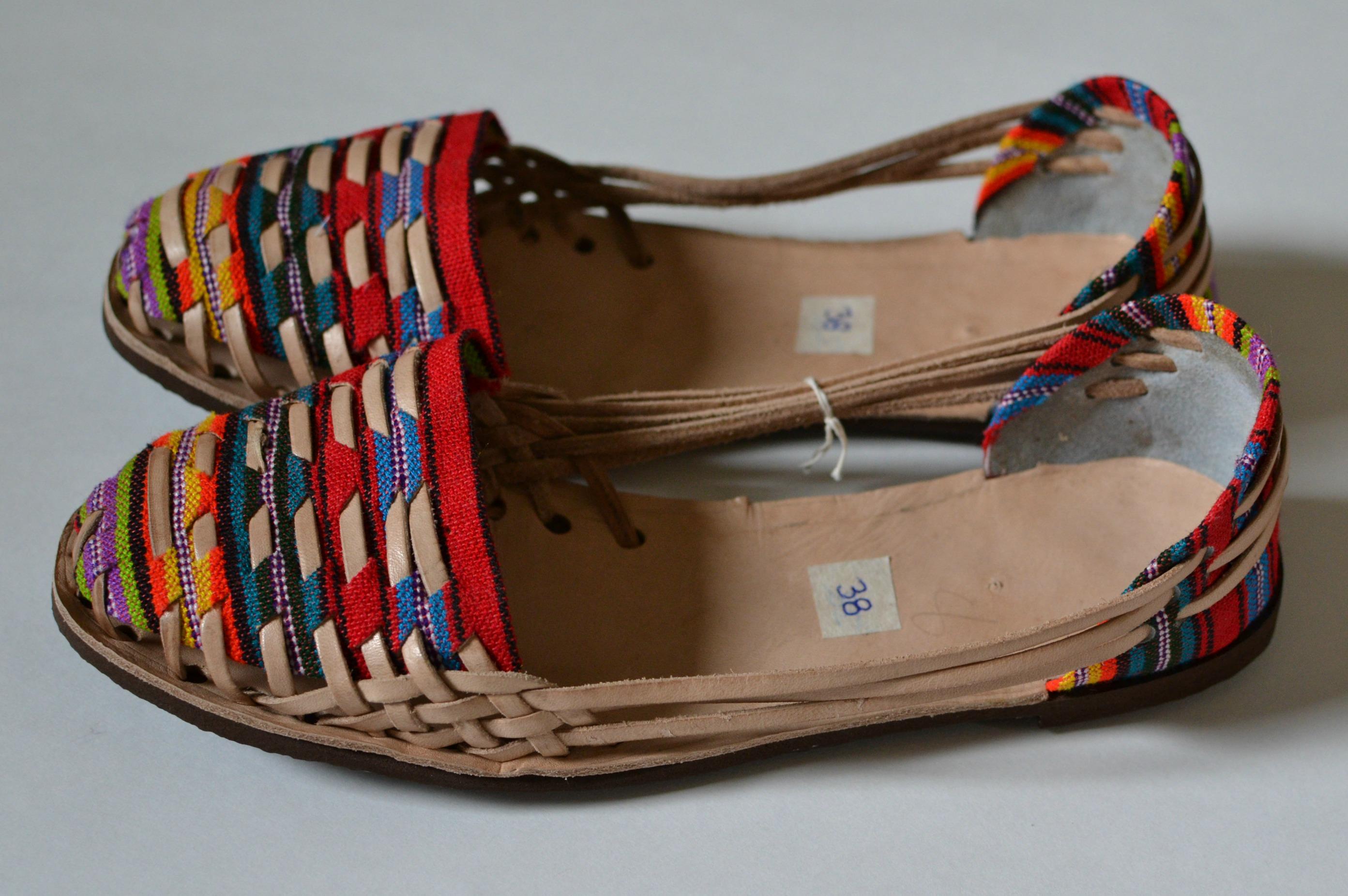 520073a1e21f Women s Caites Huaraches Size 38 US 7.5 · Life s Little Thrills ...