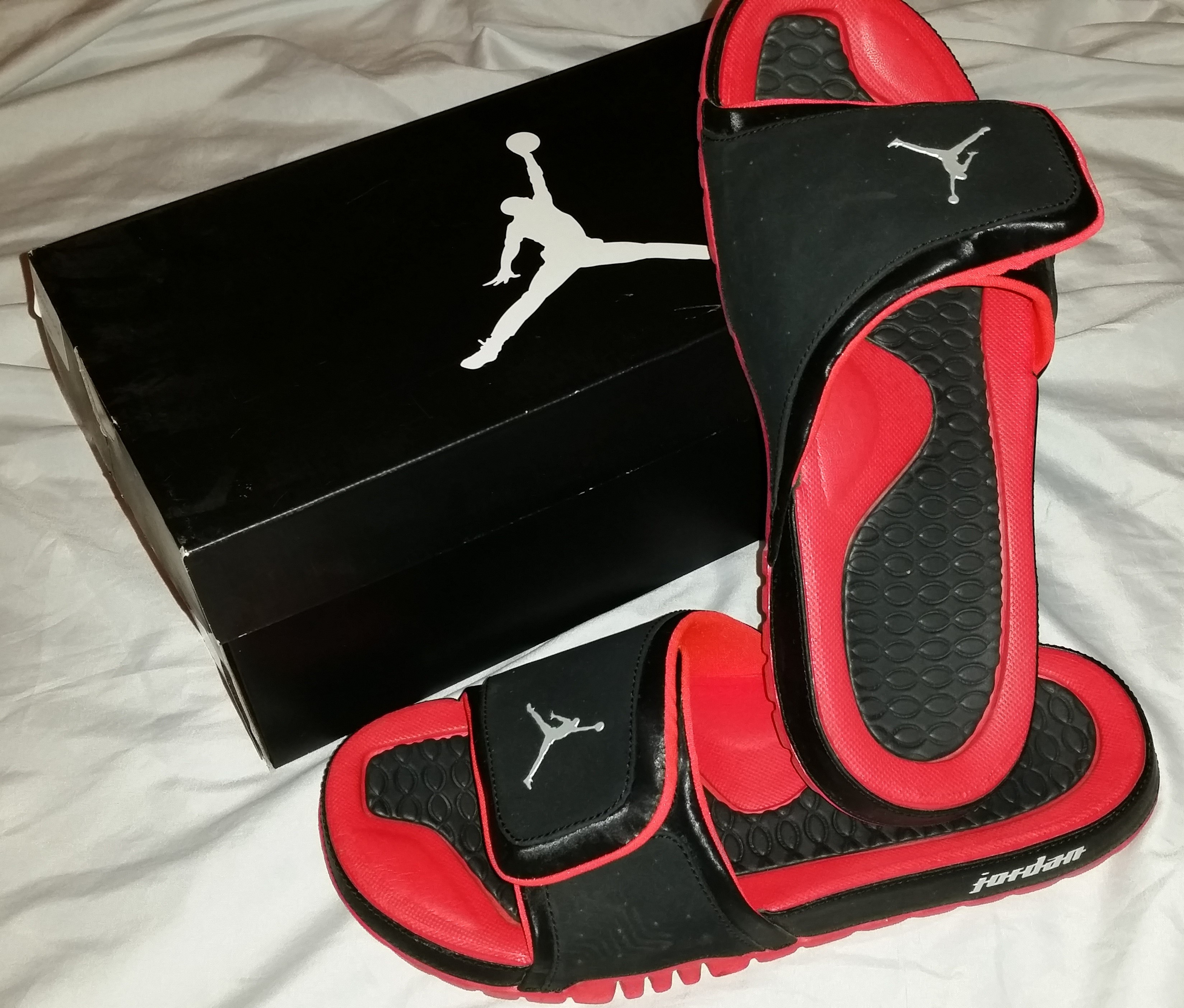 c7cfef834f3d Mens Jordan Hydro 2 black   bright crimson slippers sz 9 on Storenvy