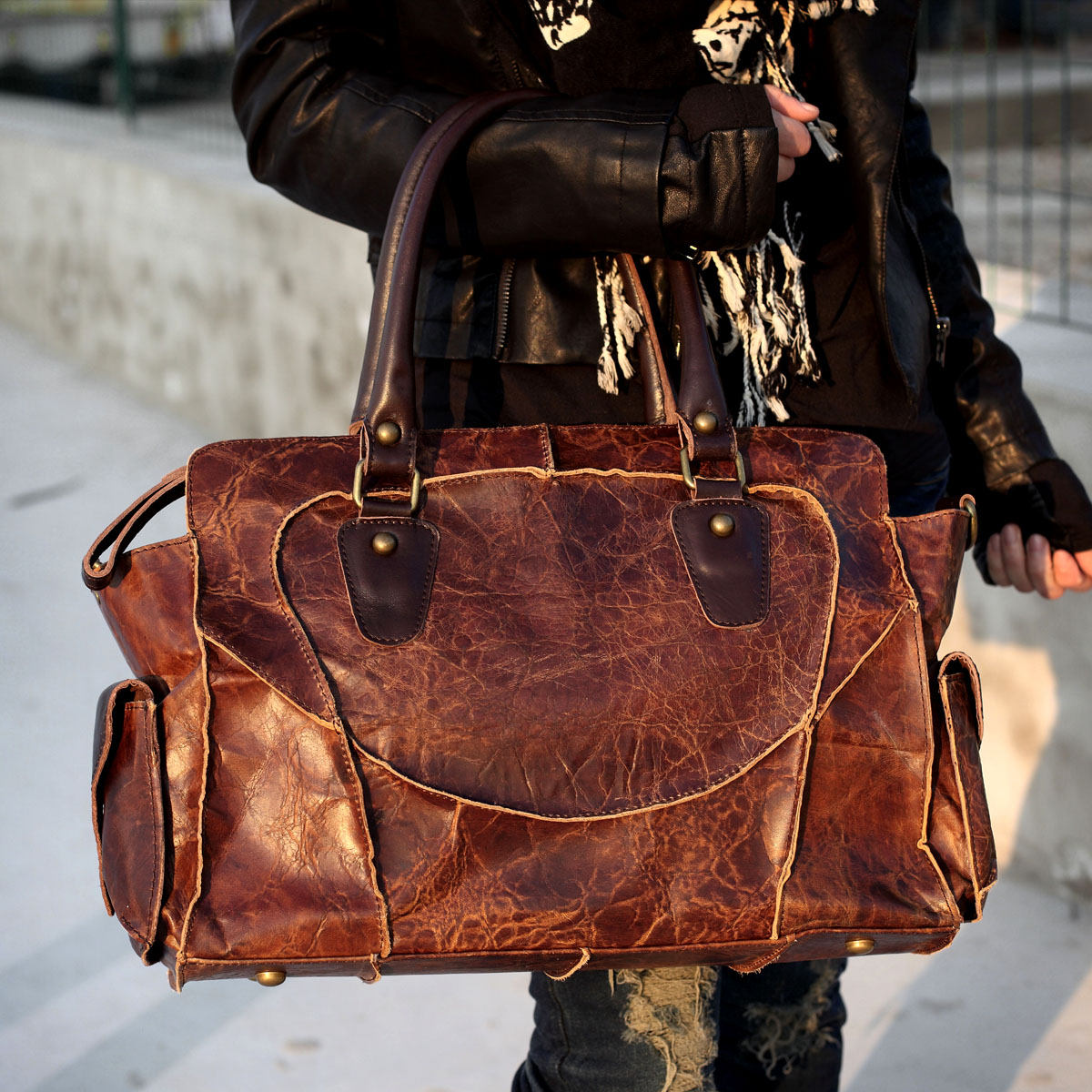 Vintage Handmade Antique Cow Leather Women's Handbag / Purse / Shoulder Bag / Messenger Bag #m11 (30278416) photo