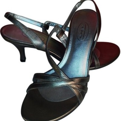 6cde375e0 Women shoes · Missing Trezures · Online Store Powered by Storenvy