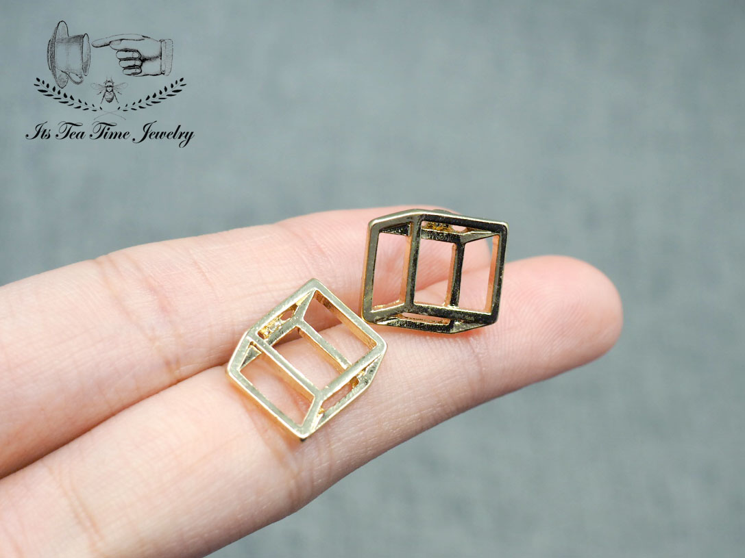 bb4ded05b ... Simple and chic Gold 3D Square cube stud earrings, geometric 3d earring,  dangle earrings ...