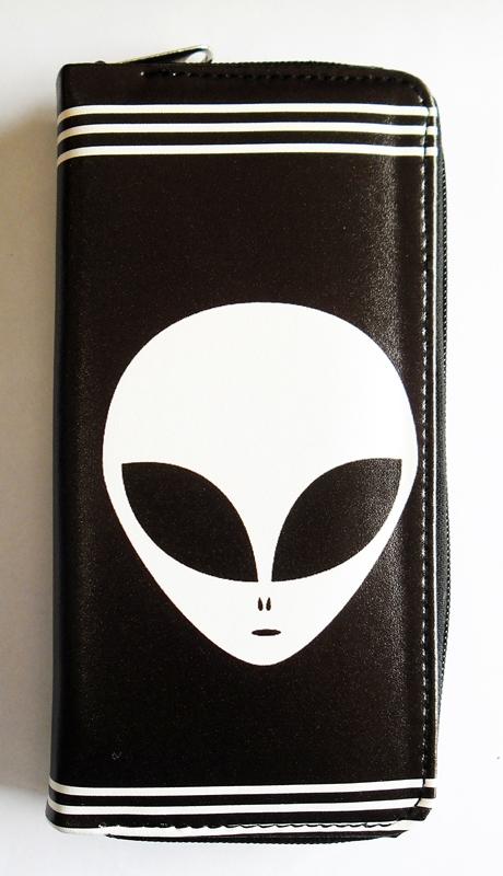 Alien Women's Clutch Purse (45812118) photo