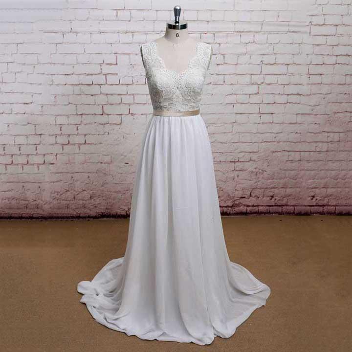 Scalloped Neck Lace Sash Long Wedding Dress V Neck Low Back Covered