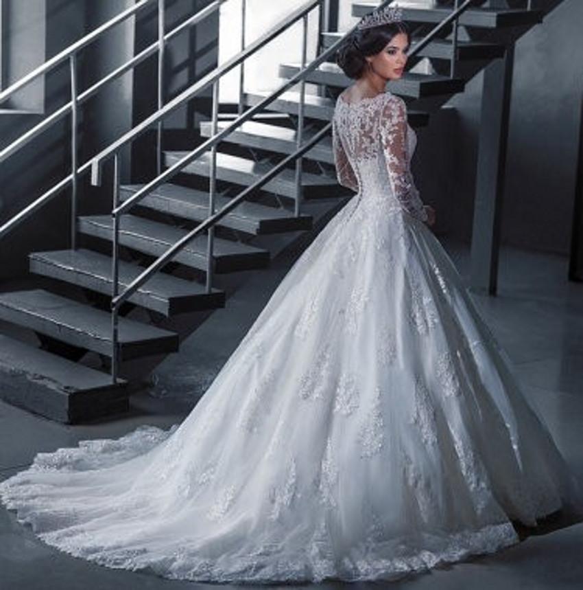 ac2b21e81c8 A226 Vintage Bridal Ball Gown Long Sleeve Lace Wedding Dresses Princess  Bride vestido de noiva robe