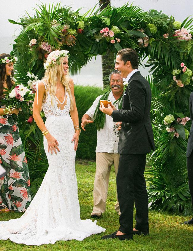 XP175 mermaid lace wedding dress,white lace wedding dress,lace ...