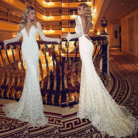 D278 Vintage Deep V Neck Wedding Dresses With Sheer Long Sleeves Lace Backless Brush Train Long Mermaid New Elegant Bridal Gowns