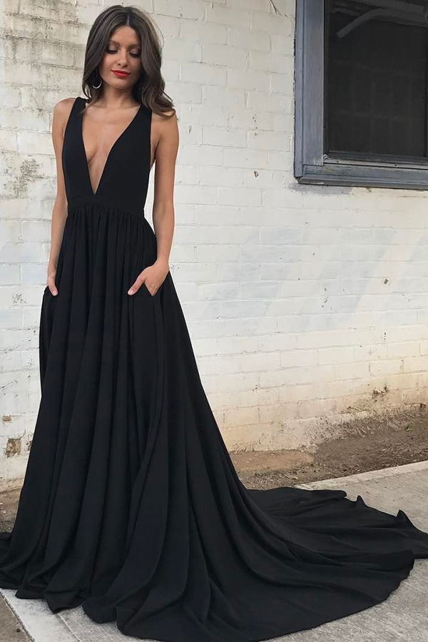 1d8e05d68c Sexy Prom Dress A-Line Deep V-Neck Court Train Sleeveless Backless Black  Chiffon