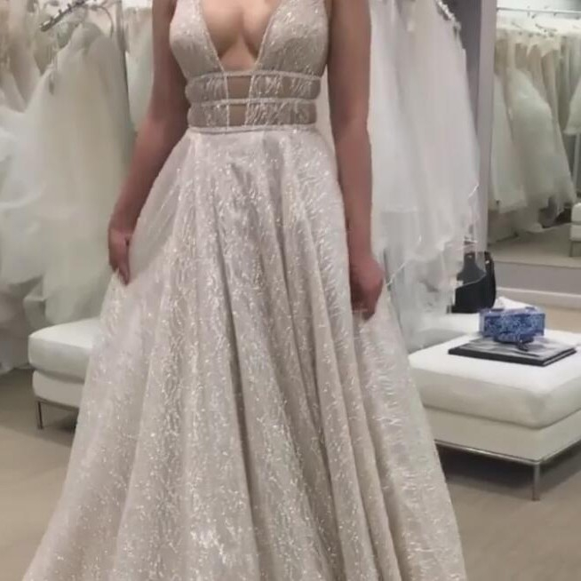 2017 Plus Size Sleeveless Prom Dress A-line Deep V-neck Sequin Sequined Backless Sweep/brush Train For Graduation