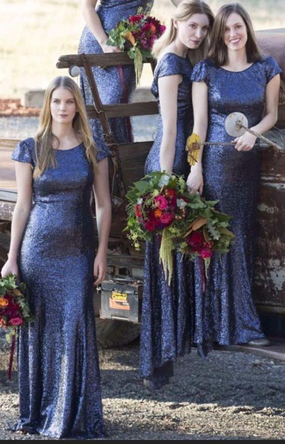 53573066cb61 Hot Selling Stylish Scoop Short Sleeve Navy Blue Sequin Bridesmaid ...