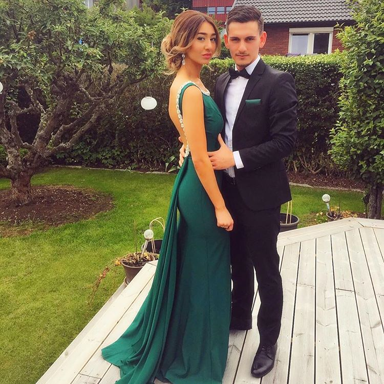 Sexy Backless Beaded Neckline Emerald Long Prom Dress With Drape Back-long Mermaid Green Backless Crystal Evening Gown
