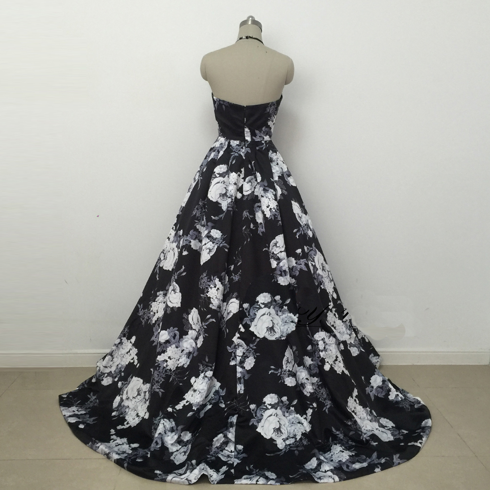 Prom Dresses Short Description Dresses Black Hollow Printed Sleeveless A Lines Haltered Sweep / Brush Train