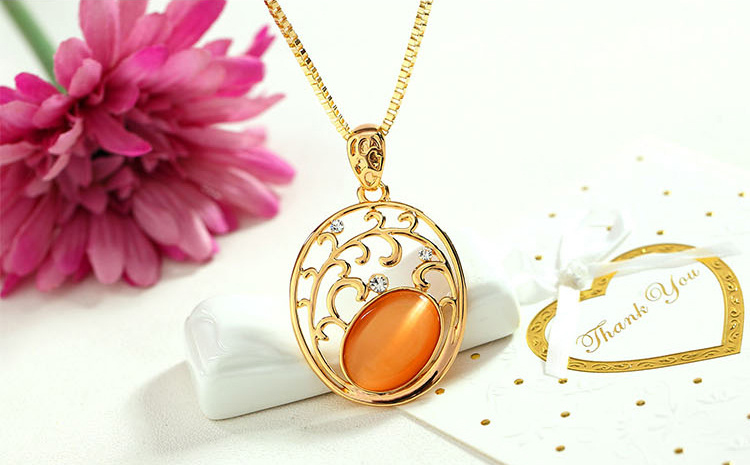 Premium Opal Handmade Pendant Necklace Round Rhinestone Crystal Necklace Gold Necklace For Women&girls