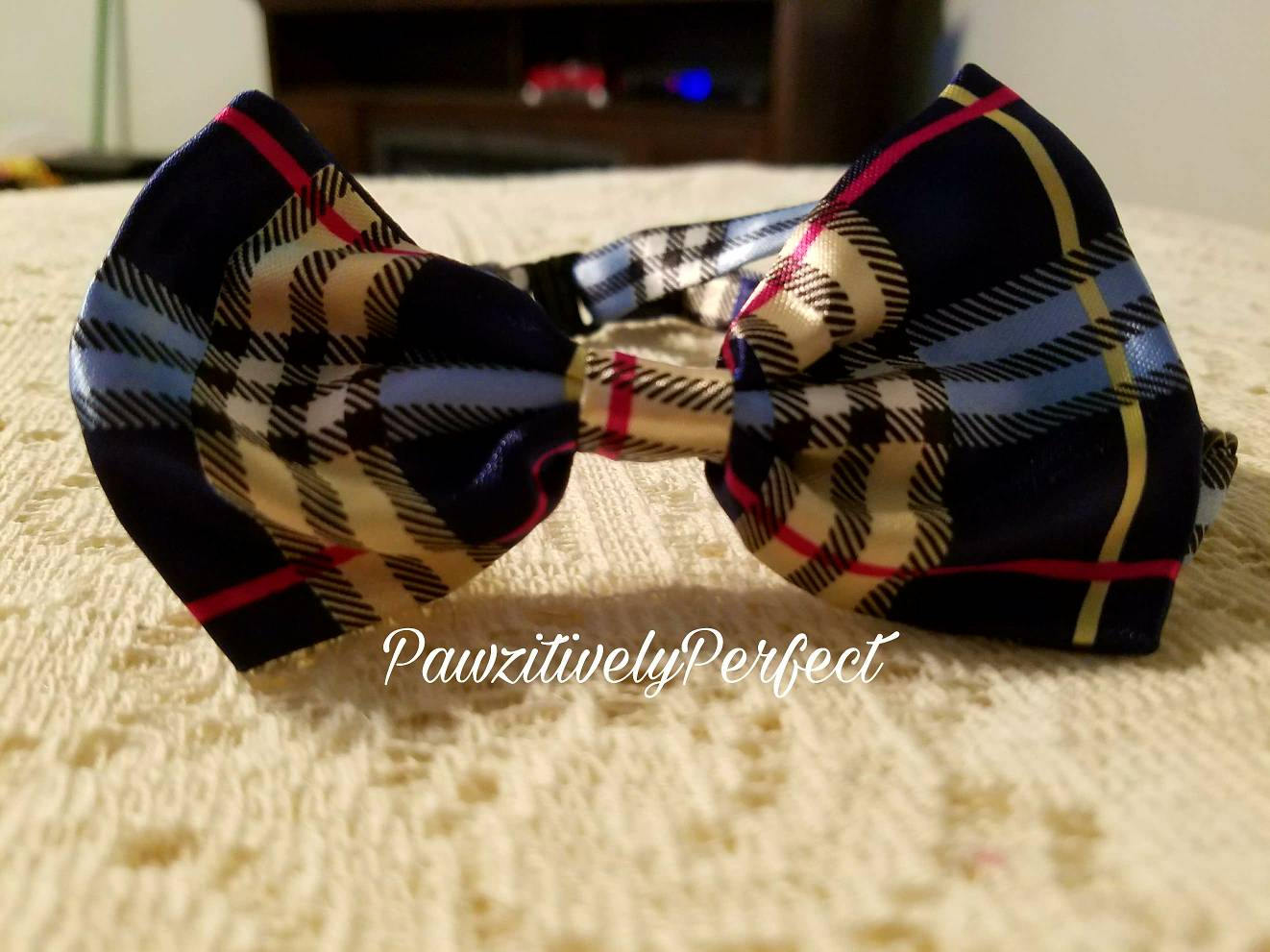 Blue Plaid Dog / Cat Collar Bow Tie