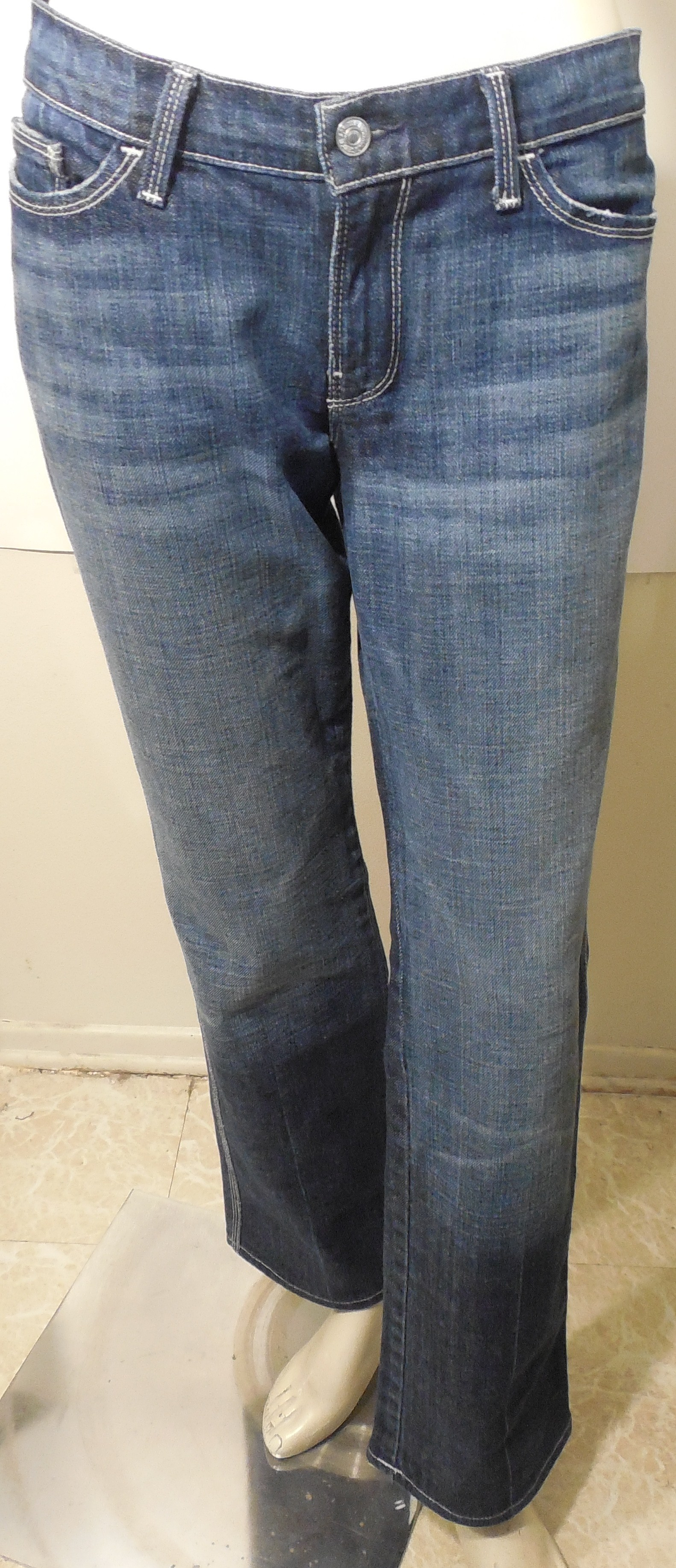 "Womens 7 For All Mankind (colette)boot Cut Jeans Size 3230"" Inseam Distressed"