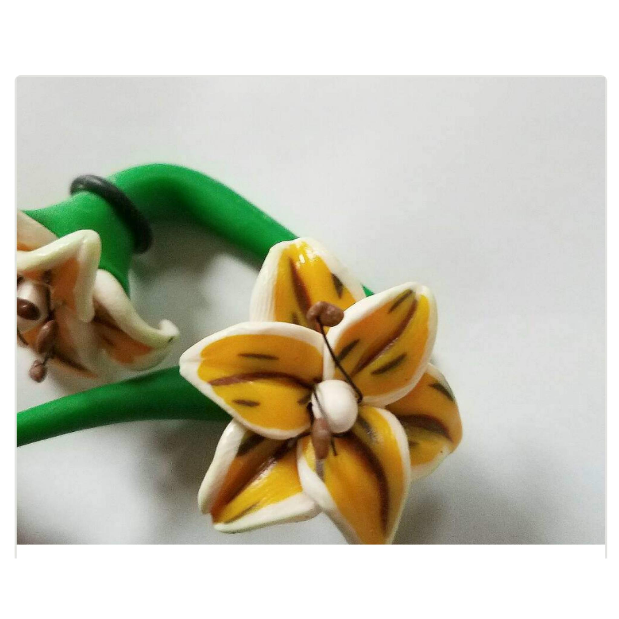 Handmade Clay Flower Plugs Yellow Flower 0 Gauge Earrings Floral