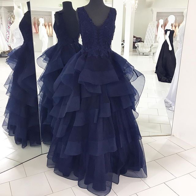 V Neck Sexy Long Navy Blue Lace Ball Gown Prom Dress-fashion Ball Gown Lace Navy Blue Evening Gowns
