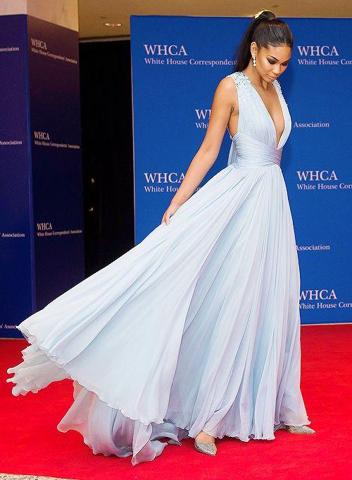 Deep V Neck Long Chiffon Light Blue Evening Dress-long Chiffon Simple Elegant Sexy Light Blue Celebrity Dress Prom Gown