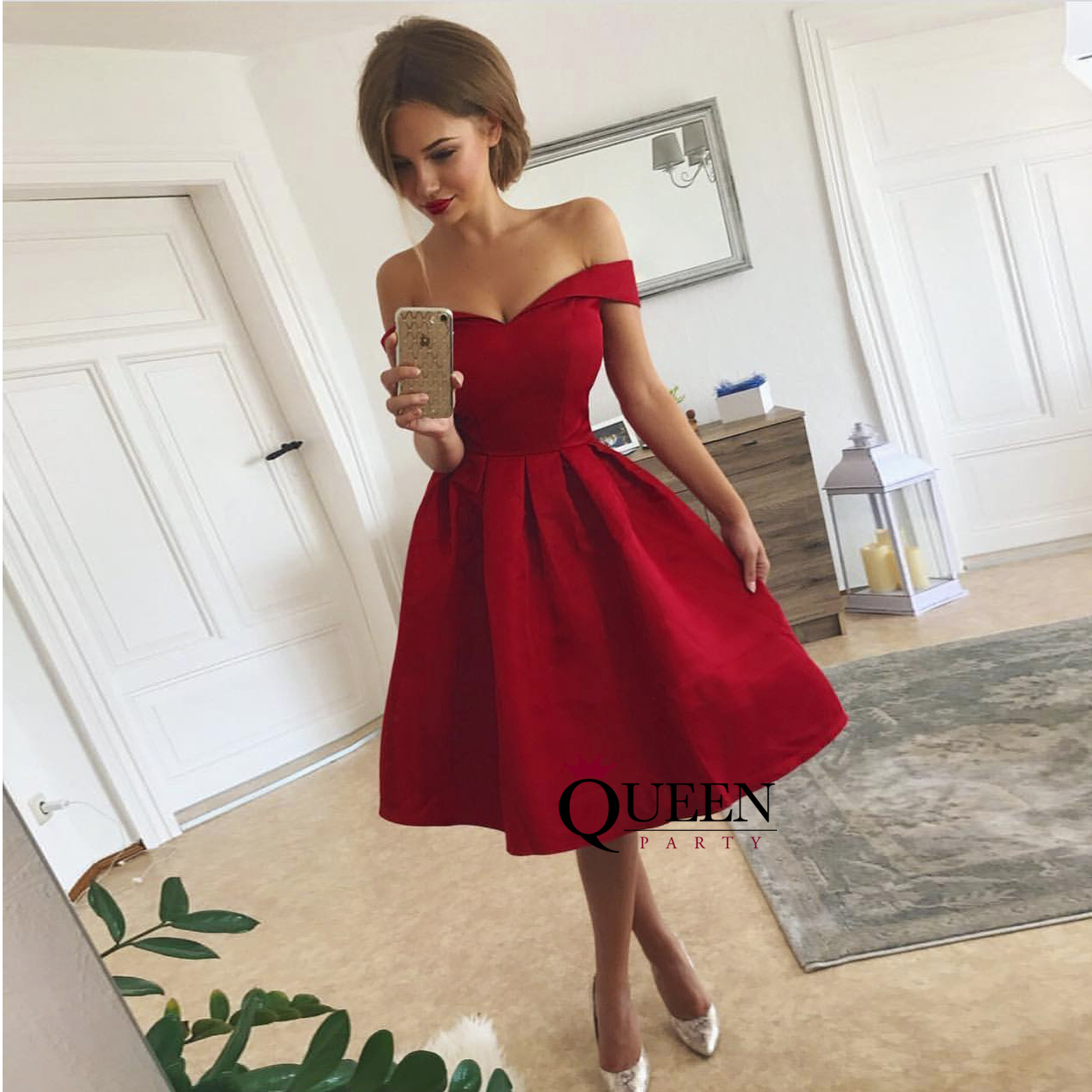 Dark Red Off-the-shoulder Sweetheart Short Party Dress