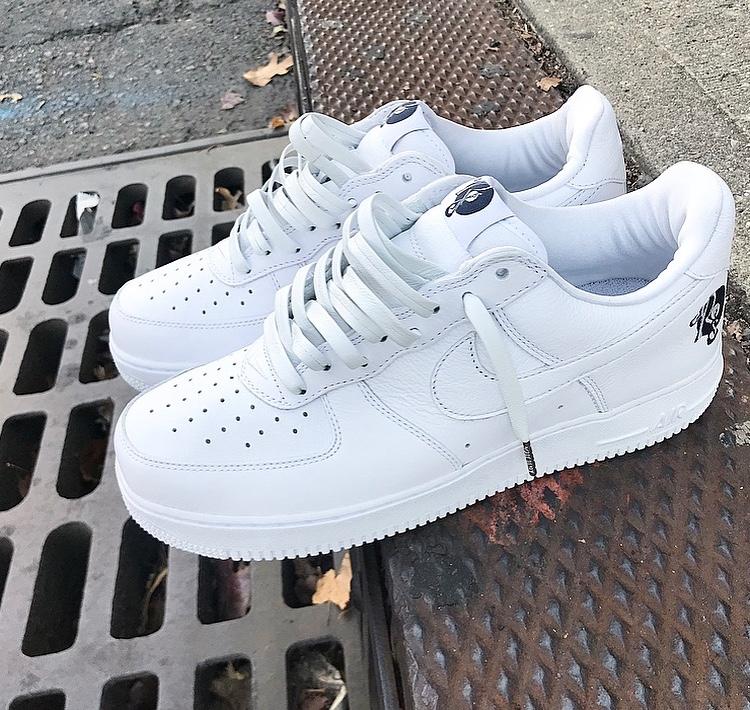 Nike: \
