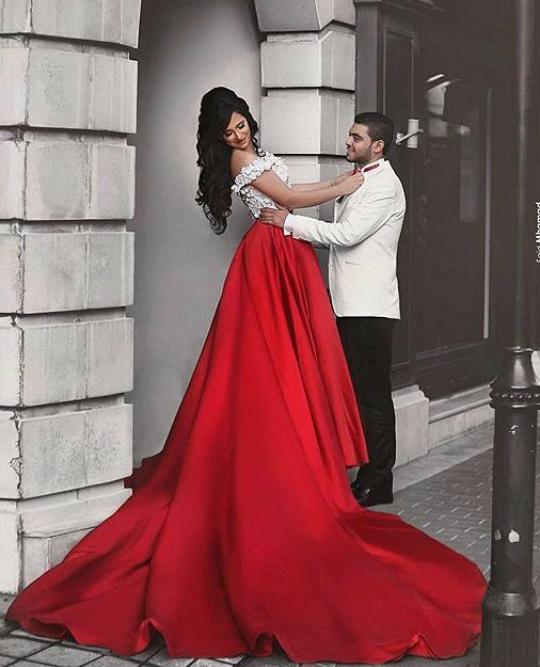 Romantic Two Pieces Off Shoulder Red Satin Long Promevening Dress