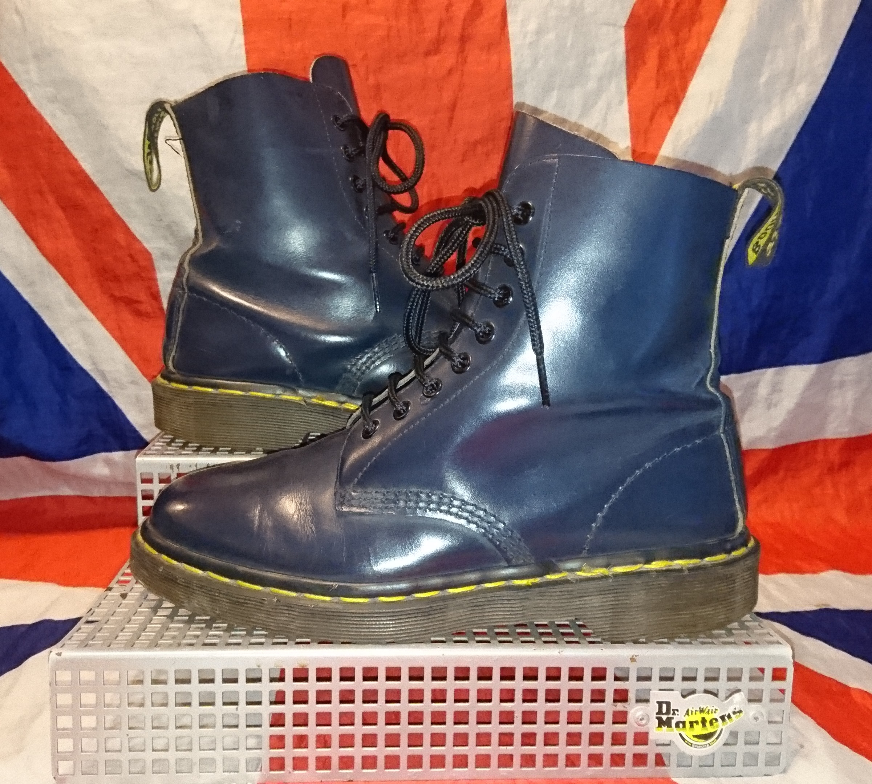 e6c242696 VINTAGE England Made 1460 - Dark Navy Blue Dr Doc Martens - UK 6*EU ...
