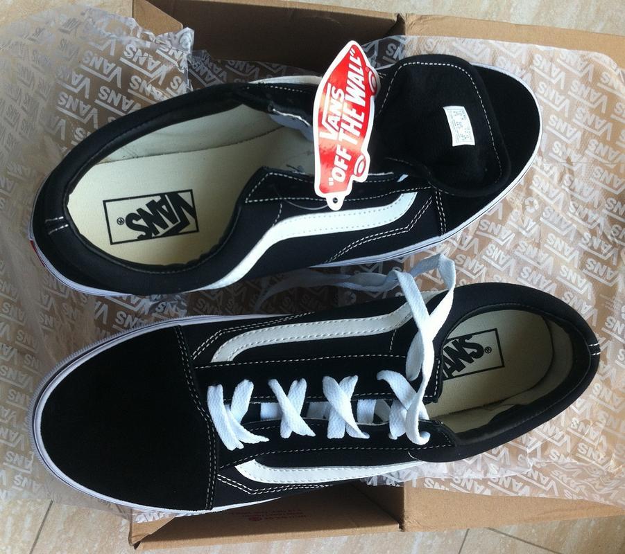 ac4da54f54a8 Vans Old Skool Core Classic Skate Shoes/Sneakers (Black D3HY28) - Thumbnail  1 ...