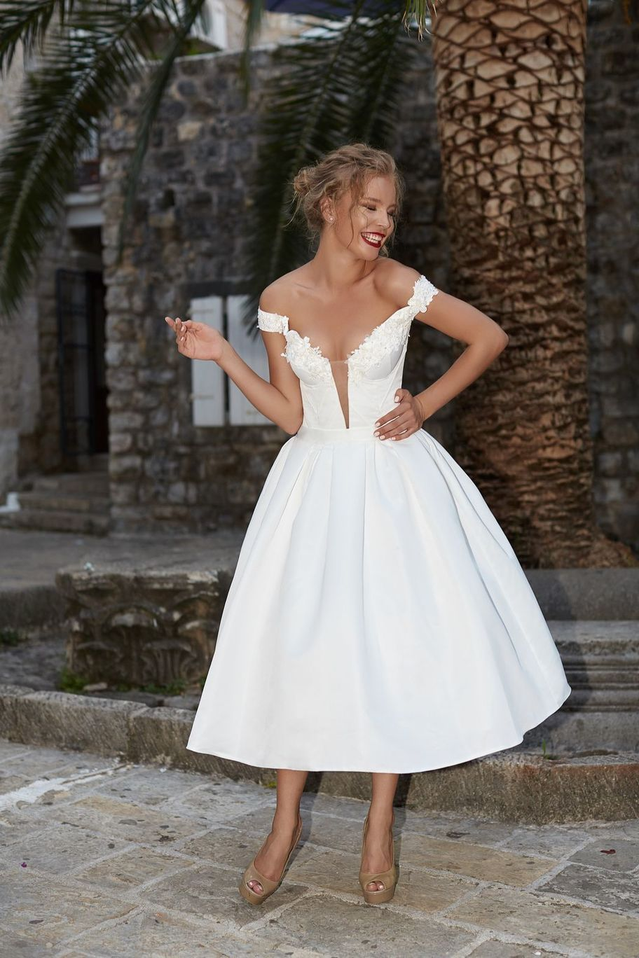 605a6b284819f 1950S Vintage Ball Gown Wedding Dresses Off the Shoulder Lace Accents  Bridal Gowns from MissZhu Bridal