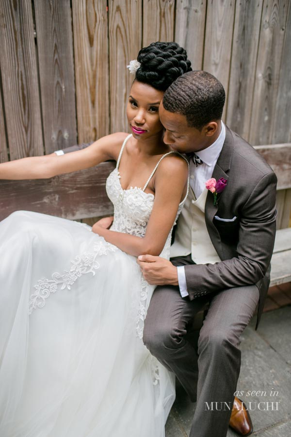 Simple_A_Line_Tulle_Beach_Wedding_Dresses_Spaghetti_Straps_Pearls_Lace_Appliques_South_African_Girl_Bridal_Gowns