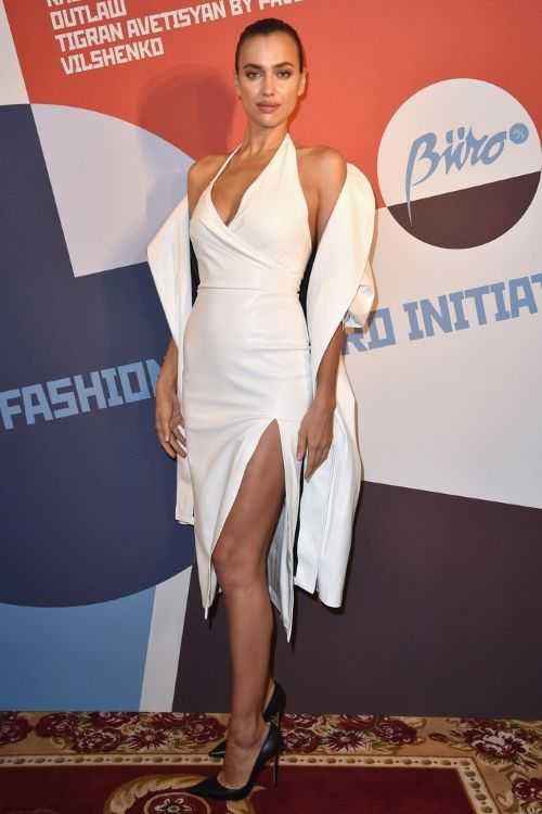 Inspired_by_Irina_Shayk_Celebrity_Dresses_White_Sexy_Halter_Side_Slit_Prom_Dresses_Evening_Formal_Gowns