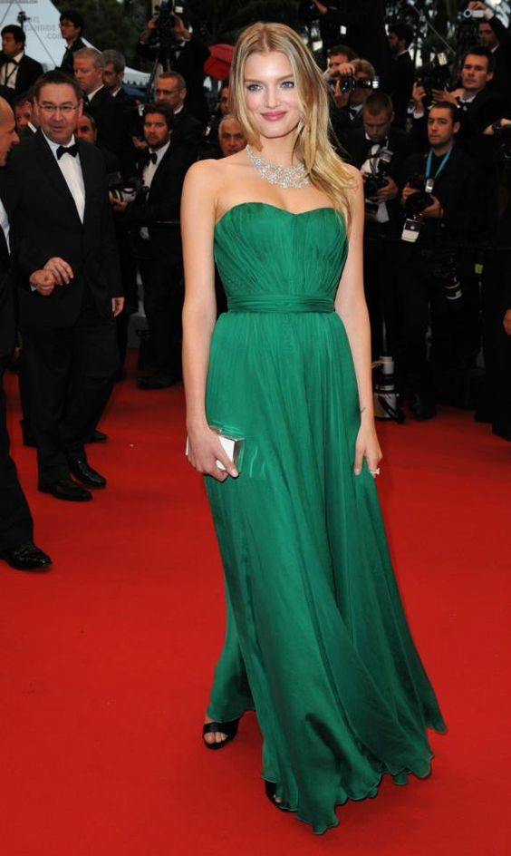 Inspired_by_lily_donaldson_Celebrity_Dresses_Dark_Green_A_Line_Chiffon_Strapless_Pleat_Prom_Dresses_Evening_Formal_Gowns
