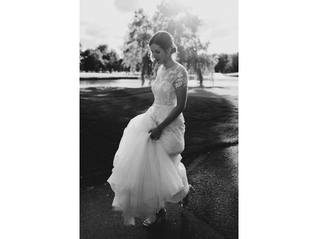 Sexy See Through Beach Wedding Dresses Crew Neck Bridal