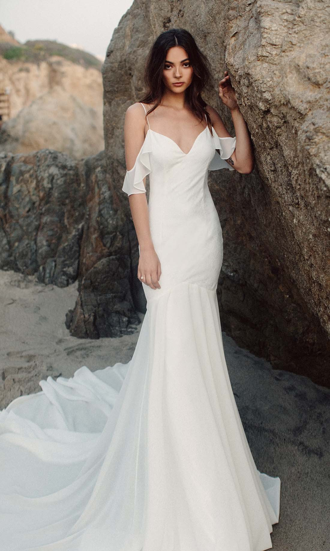 Simple Spaghetti Strap Wedding Dress | Simple Mermaid Spaghetti Straps Wedding Dress Off Shoulder Satin