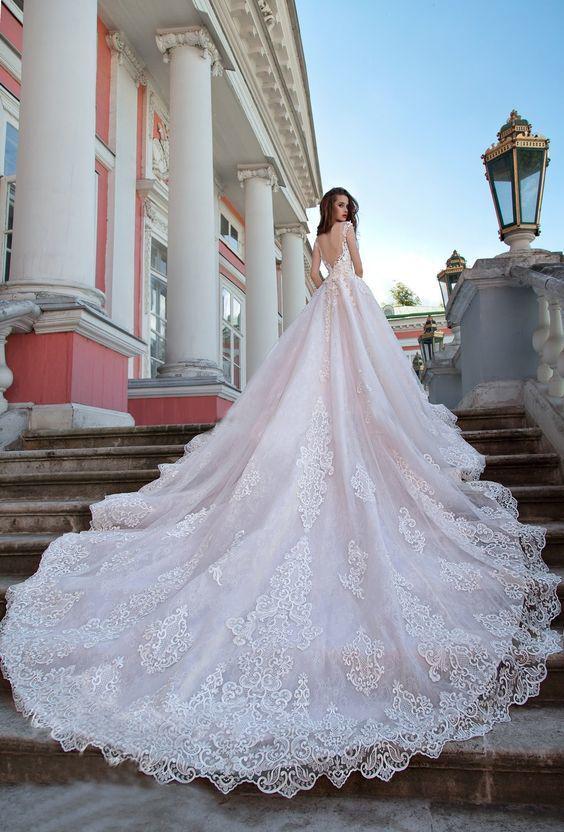 Huge Ball Gown Long Train Wedding Dresses