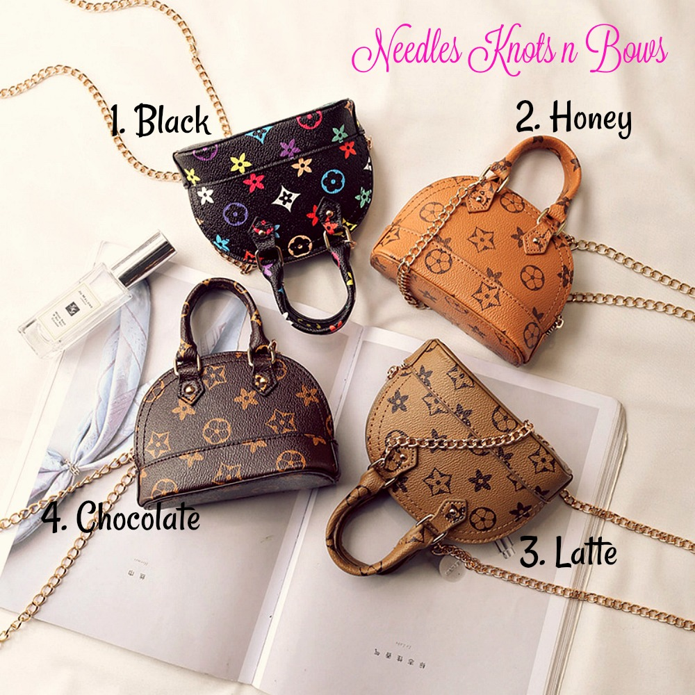 Girls Fashion Purse- Girls Mini Shell Crossbody Bag- Girls Handbag (96655719 Needles Knots n Bows) photo