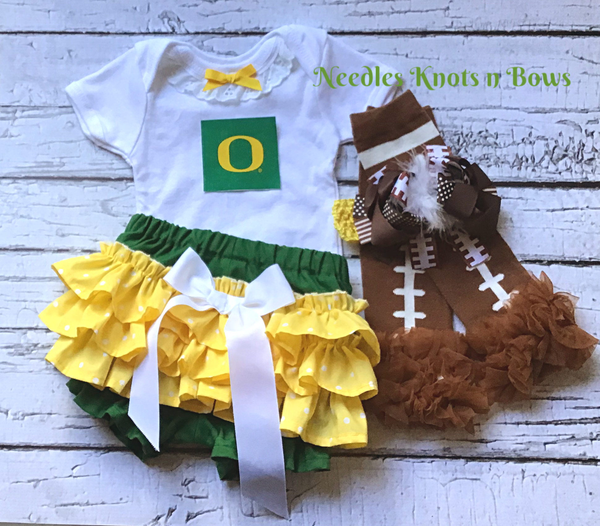 best service 0f9d6 d4d2e Girls Oregon Ducks Outfit, Baby Girls Ducks Coming Home Outfit, Girls  College Football Outfit from Needles Knots n Bows