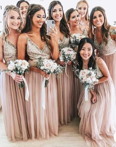 V_Neck_Long_Bridesmaid_Dresses_with_Sequins_for_Wedding_Party