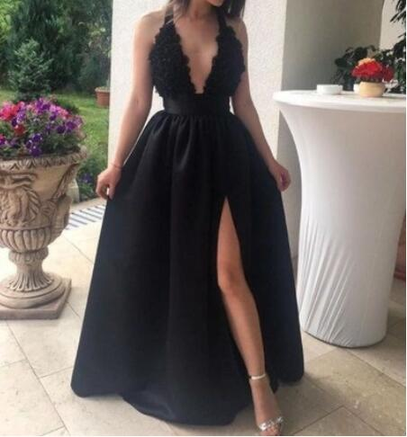 V_Neck_Black_Long_Prom_Dresses_with_Appliques_for_Women