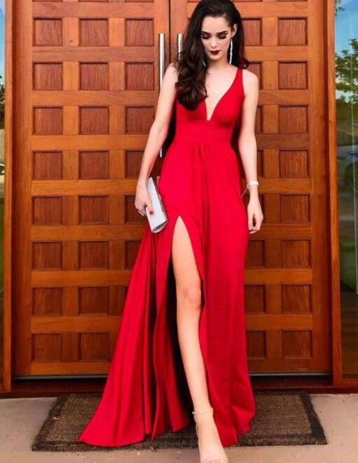 Deep_V_Neck_Red_Long_Prom_Dresses_with_Split_Side