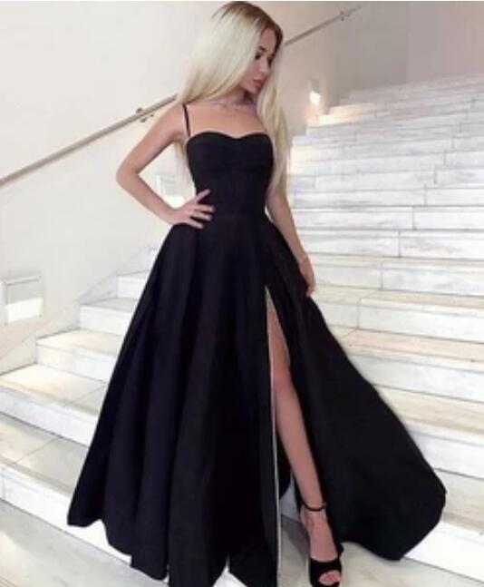 Spaghetti_Straps_Black_Long_Prom_Dresses_for_women_Under_100