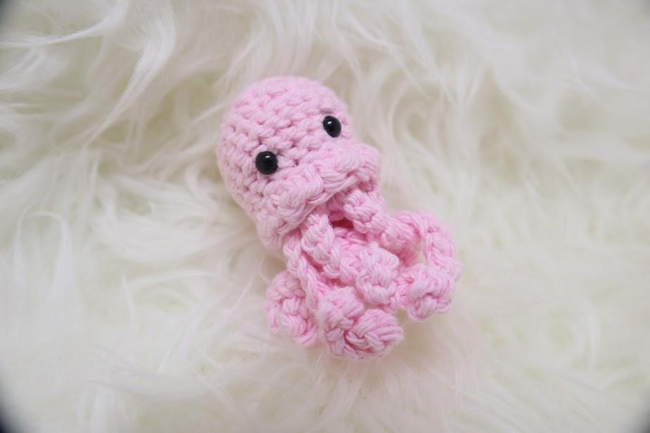 Bear amigurumi keychain, Ice cream Amigurumi keyring , crochet ... | 616x924