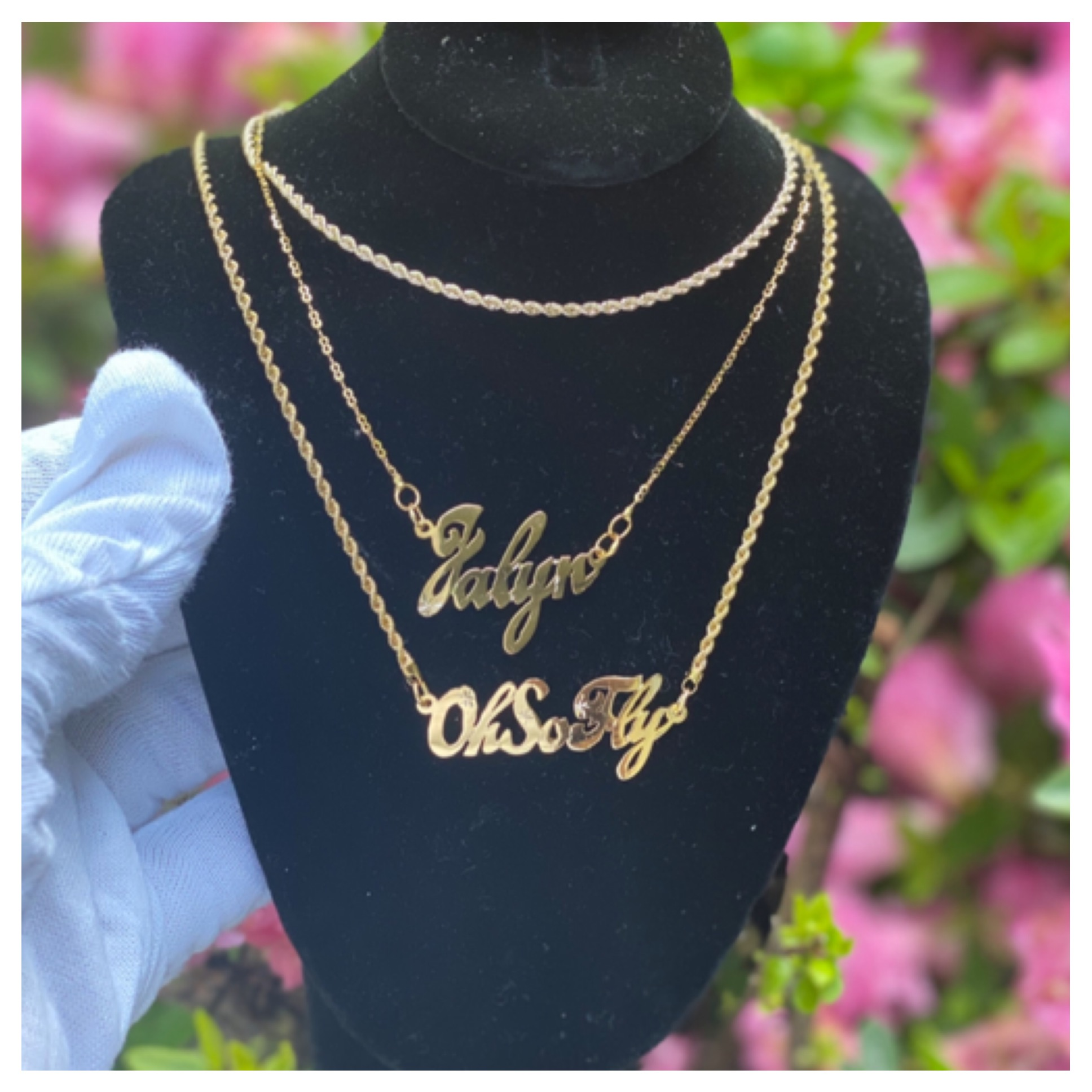 Single_Name_Necklace